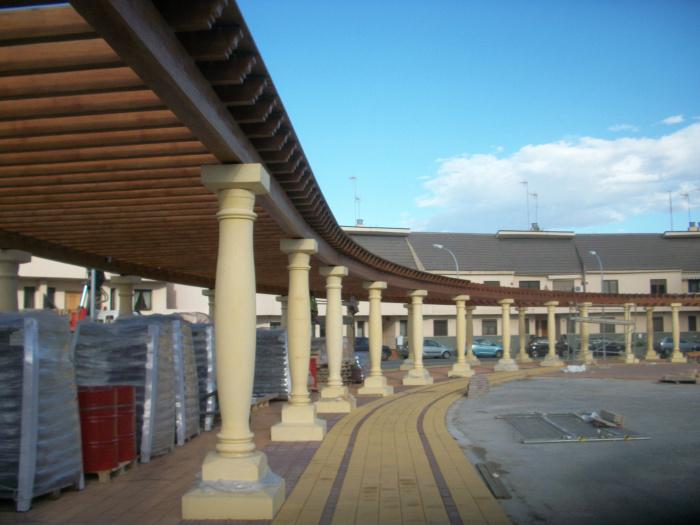Columnas de piedra artificial fabricadas en hormig n - Precio vigas hormigon ...