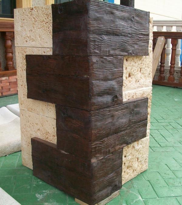 Esquinas fachada hormig n imitaci n madera y esquinas - Imitacion madera para fachadas ...