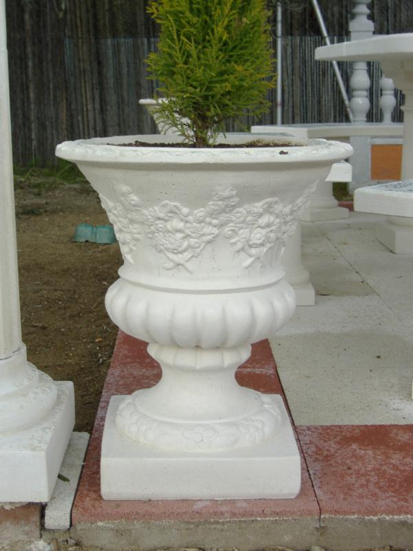 Jardineras maceteros piedra artificial y hormig n jard n y - Tipos de jardineras ...