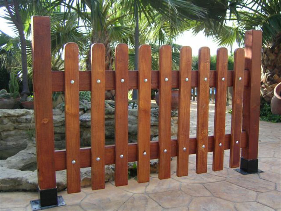 Valla jard n hormig n imitaci n madera prefabricados - Valla madera jardin ...