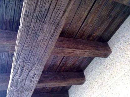 Vigas viguetas pilares cargaderos hormig n imitaci n for Vigas de madera decorativas